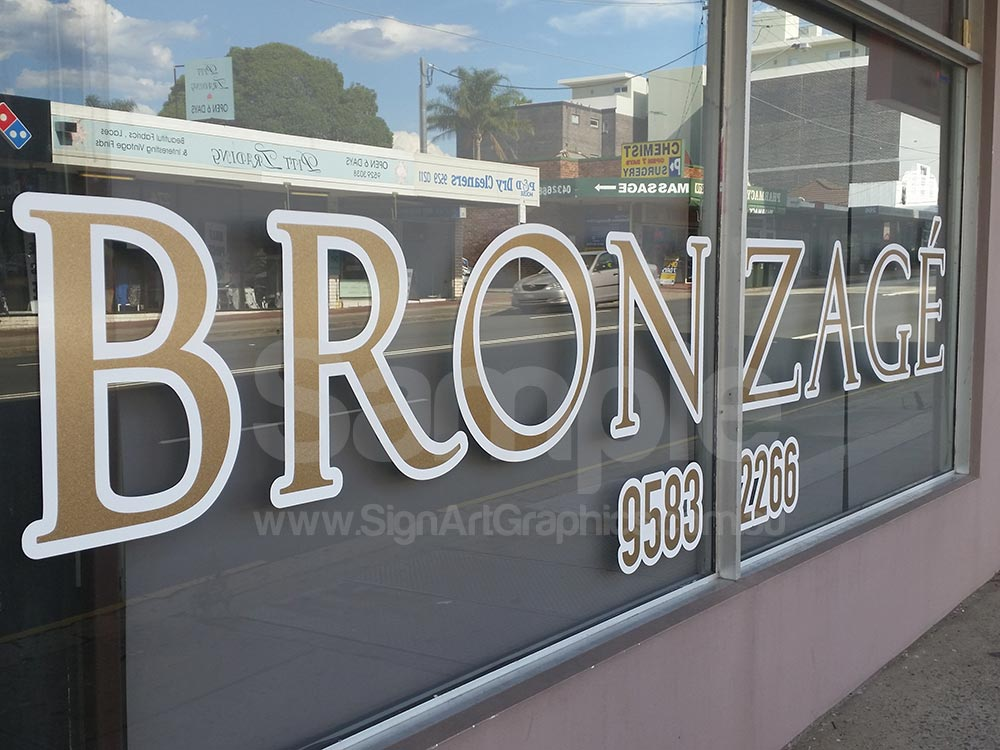 Window-lettering-with-Metallic-Gold-sticker